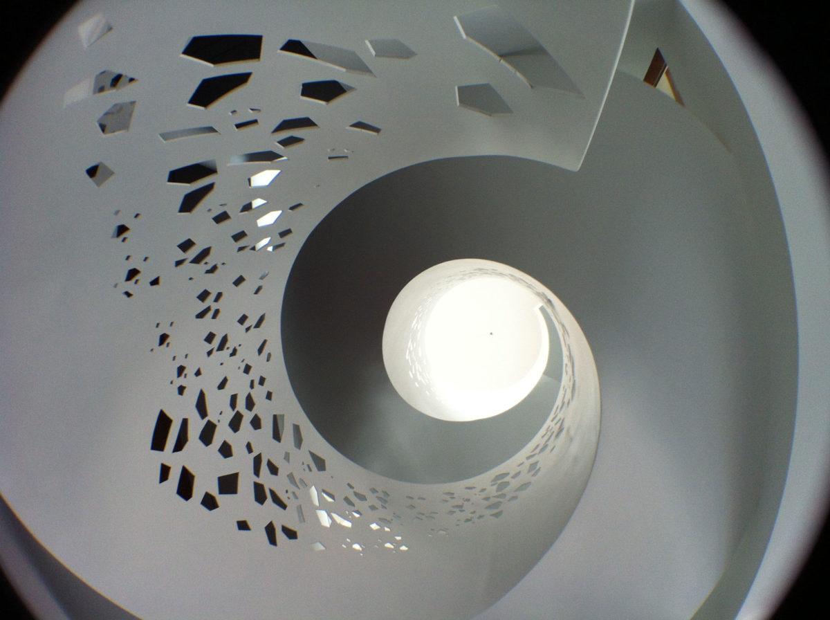 Escalera interior de vivienda en Monforte del Cid