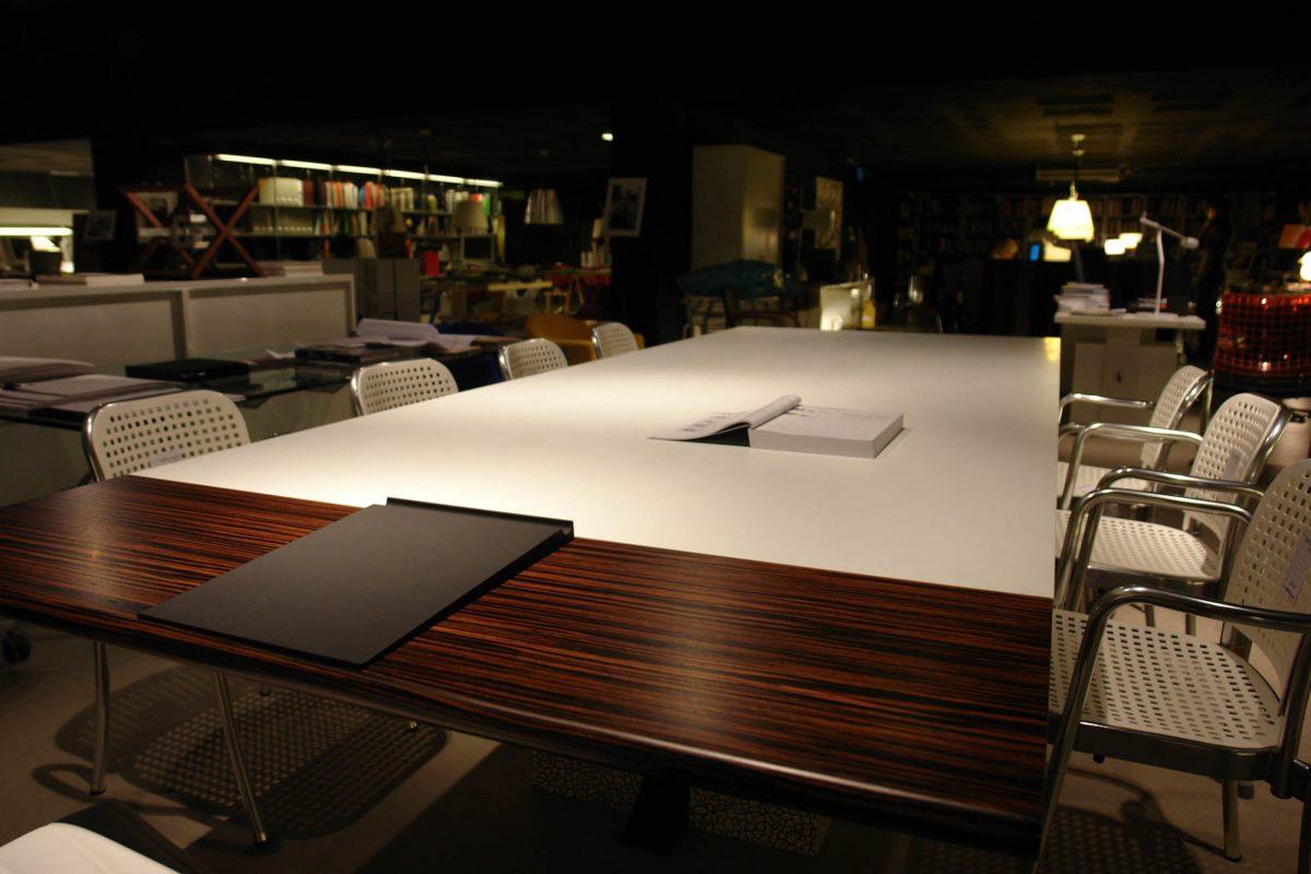 mesa reuniones 1