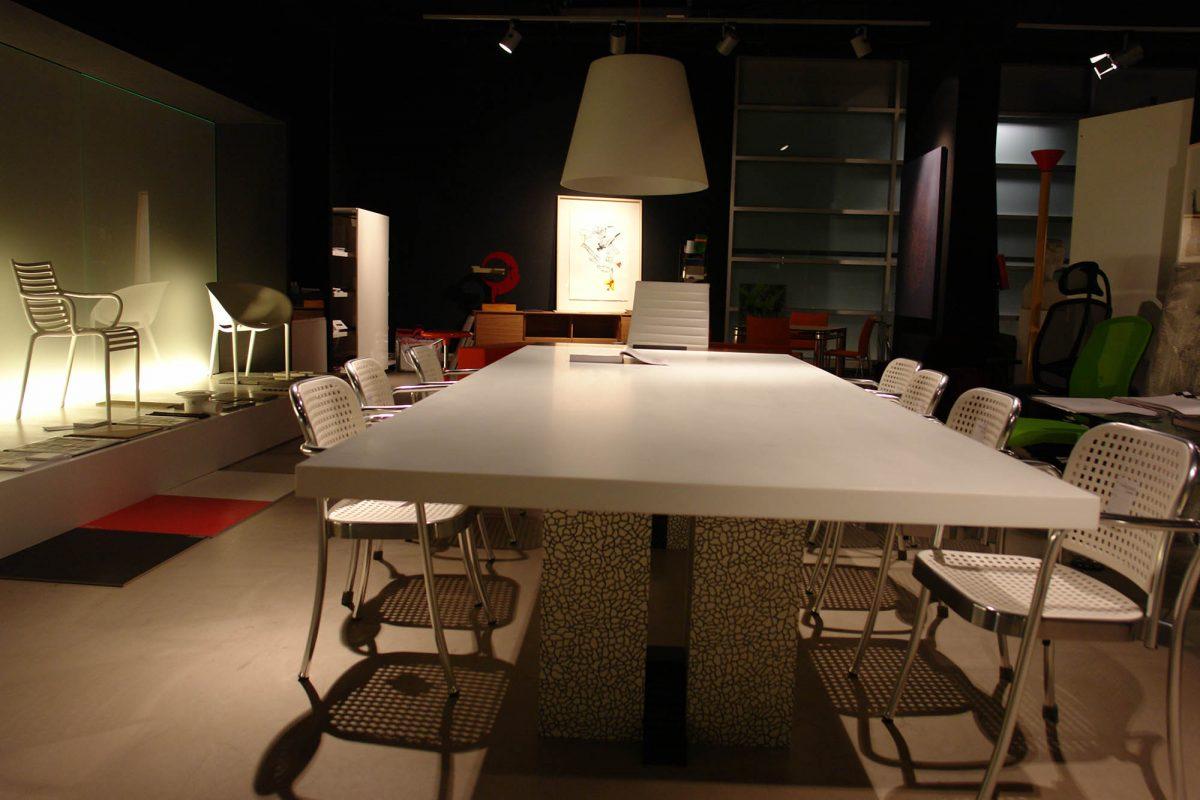 mesa reuniones 3
